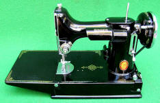 1936 Black Singer Featherweight 221 TEXAS CENTENNIAL EXPOSITION Sewing Machine (AE086014)