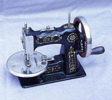 Stitchwell TSM / Toy Sewing Machine Marked WEE
